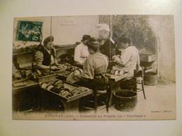 CPA / Carte Postale Ancienne  / Ain / OYONNAX / Industrie Du Peigne / Vieux Métiers / Le Courbage 1912 - Oyonnax