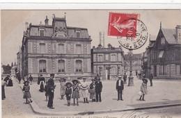 78-SAINT-GERMAIN-EN-LAYE- LA CAISSE-D'EPARGNE-ANIMEE - St. Germain En Laye