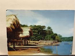 Pub IONYL. Du Pôle Nord Au Pôle Sud  LIBERIA Cases Sur Pilotis + Timbres  Liberia - Liberia