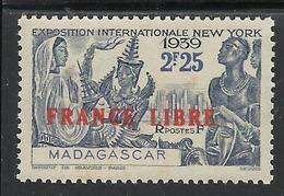 MADAGASCAR 1943 YT 238** - Madagascar (1889-1960)