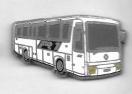 Pin's  Tranports  BUS  RENAULT  FR 1  Blanc  ( Pointe  Arrière  Recollée ) - Transportation