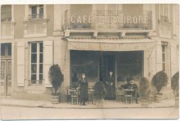 LAVAL - Carte Photo - Devanture Du Café De L'Aurore - Carte Pliée En L'état - Laval