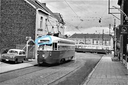 PHOTO AU DEPART D'UNE CPA LA LOUVIERE LA CROYERE LE 32 Au PONT DU THIRIAU TRAM  REPRO - Tramways