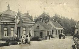 Nederland, GIESSENDAM, Straat Scene Met Volk, Klederdracht (1909) Ansichtkaart - Autres