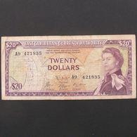 Iles Caraibes, 20 Dollars ND 1965, VF - Caraibi Orientale