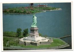 New York City - Statue Of Liberty - New York City