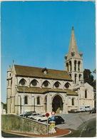 Bougival: FIAT 500, DAF 33-COMBI, AUSTIN MINI, CITROËN AMI BREAK, DS, TUBE HY, SIMCA 1100 - L'Eglise - (France) - Turismo