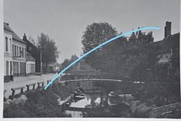 Photo SAINT OMER Pre 1914 Ponceau Barques Petit Commerce Promeneurs - Lieux