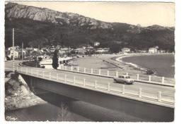 CPSM 83 AGAY La Plage Voiture Dauphine Sur Le Pont Années 1950 - Autres Communes
