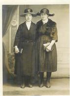 Carte Photo 2 Jeunes Femmes Mode 1920 Ch Odinof Nancy - Moda