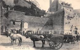 ¤¤  -    LE MONT-SAINT-MICHEL   -   L'Entrée Du Mont   -  Attelages    -   ¤¤ - Le Mont Saint Michel