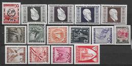 AUTRICHE - 1946 - YVERT N° 633//647 **/* MNH/MLH - - 1945-60 Nuovi & Linguelle