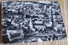 65   -   EN AVION AU DESSUS DE ... TARBES PLACE MARCADIEU EGLISE THERESE VUE AERIENNE @ VUE RECTO/VERSO AVEC BORDS - Tarbes