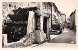 ►L'ISLE-SUR-SORGUE◄84►CPSM►LA RUE DES ROUES◄1965►ÉDIT. CAP No 31▬ - L'Isle Sur Sorgue