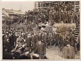 Photo Ancienne UK King Visit Shipward Harland Wolff Clyde Royalty - Personalidades Famosas