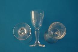 7-3 Verre Antique  9,2 Cm  Ca 1950-1960 XX Glass  Vetro Antico Antikes Glas Antiek Glas Vidro Antigo Bistro Café Porto - Glasses