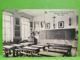 Institut Des Frères De La Charité Manage, Une Classe - Manage