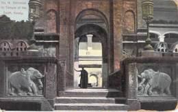 SRI LANKA Ceylon Ex CEYLAN - KANDY Entrance To Temple Of The Tooth  (Elephants Elefanten Olifanten  CPA Asia Asie - Sri Lanka (Ceilán)