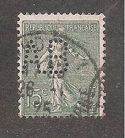 Perforé/perfin/lochung France No 130 A.B - Perforés
