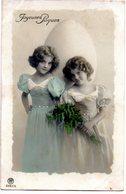 CPA - Deux Fillettes - Oeuf - Joyeuses Pâques   - écrite  - - Portraits
