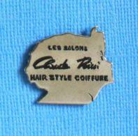 1 PIN'S //  ** LES SALONS / CLAUDE RICCI / HAIR STYLE COIFFURE / ALÈS / OCCITANIE ** - Parfums