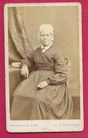 Ancienne PHOTO CDV Circa 1860 De KEN, Bd Montmartre à PARIS (75). FEMME De La BOURGEOISIE, MODE, TOILETTE - Fotos