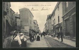 CPA Rive-de-Gier, Rue De Lyon, Vue De La Rue - Rive De Gier