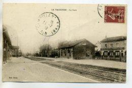 01 LA VALBONNE Interieur De GARE Quais Voies HOTEL Café Du Chemin De Fer 1932 Timb    /D15-2017 - France