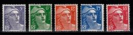 Marianne De Gandon N** Serie YV 883 à 887 Cote 28 Euros - France