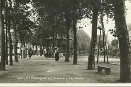 Saint Pourçain Sur Sioule Le Cours Le Kiosque - Frankreich