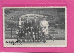 OOSTENDE: 1846-1946-FOTO VAN 13,50CM OP 8,50CM-MET VOLK- KLOK-BLOEMENKLOK-BLOEMENTAPIJT - Oostende