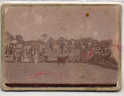 Course De Taureaux A BOISSERON - Petite Photo Ancienne Sur Support Carton épais -  (242 ASO) - Anciennes (Av. 1900)
