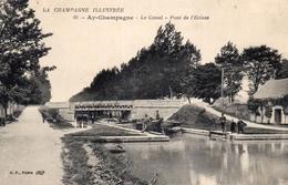 CPA Batellerie  -51 - AY-CHAMPAGNE - Le Canal - Pont De L'Ecluse - Chevaux De Halage - Péniche  - Cachet Militaire - Ay En Champagne