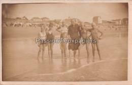 CARTE PHOTO SAINT GILLES  1934 BAIGNEURS (Maillots De Bain Plage) - Saint Gilles Croix De Vie
