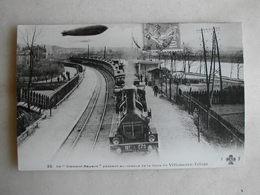 PHOTO Repro De CPA - Train - Le Clément Bayard Passant Au Dessus De La Gare De Villeneuve Triage - Trains