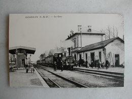 PHOTO Repro De CPA (la Vie Du Rail) - Gare - La Gare De Dourdan - Trains