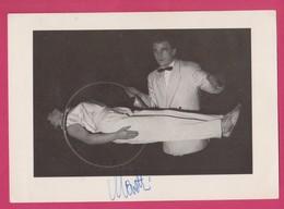 MORETTI - Magicien Magician Illusionist Illusionniste - Levitation - Dédicacé, Autographed - Circo