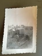 1940-1950 Photo Originale Tracteur Travaux Des Champs Agriculture Agrip Diesel ? Massey-Harris ? - Tracteurs
