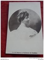 S.A.R. Madame La Duchesse De Vendôme , Princesse Henriette De Belgique - Familles Royales