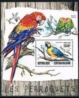 Bloc Sheet Oiseaux Perroquets Birds Parrots Neuf  MNH ** Centrafrique Centrafricaine Central Africa 2016 - Parrots