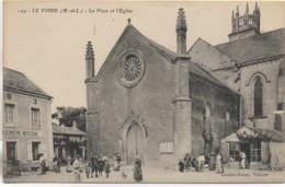 49 LE VOIDE  La Place Et L'Eglise - Frankreich