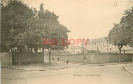 SL 41 BLOIS. Ecolière Devant Le Séminaire Vers 1900 Pour Le Chocolat Inimitable - Blois