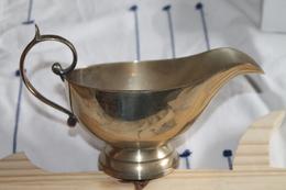 Sauciere En Métal Argenté - Dishware, Glassware, & Cutlery