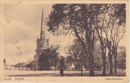 CPA - Luçon (85) Vendée - Place Richelieu - Lucon