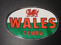 Blason écusson Adhésif Autocollant Wales (Pays De Galles) Aufkleber Wappen Coat Arms Sticker Adhesivo Adesivo - Obj. 'Remember Of'