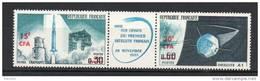 Reunion. Poste Aérienne. Mise En Orbite Du Premier Satellite Français - Reunion Island (1852-1975)