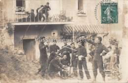 CARTE PHOTO VILLAINES ? 1910  MILITAIRES Du 77ème REGIMENT ... - France