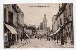 - CPA NUITS (21) - Place De La République 1904 (belle Animation) - - Nuits Saint Georges