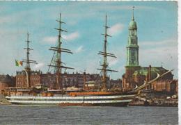 "AK 0469  Hamburg - Ital. Segelschulschiff "" Amerigo Vespucci "" Um 1964 - Velieri"