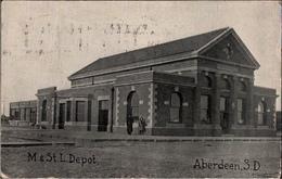 ! Alte Ansichtskarte USA, Aberdeen South Dakota, Depot, 1908 - Aberdeen